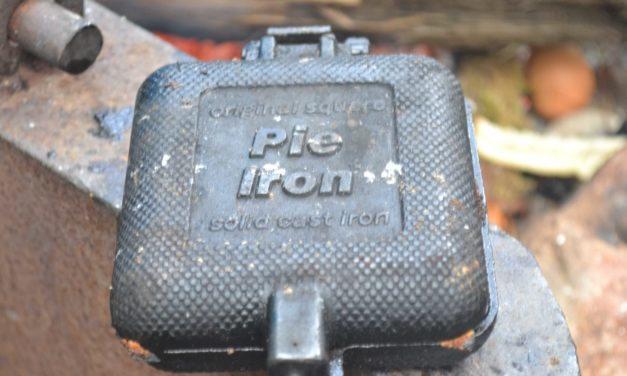 Rome Cast-Iron Square Pie Iron Review