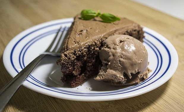 Easy Dutch Oven Chocolate Cake