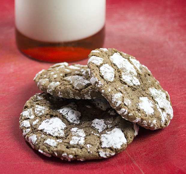 Classic Gooey Chocolate Crinkle Cookie Recipe